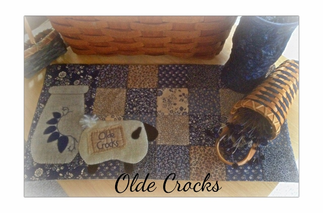 Olde Crocks Paper Pattern